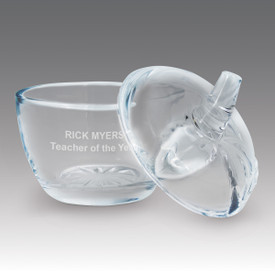 Our Glass Apple Award is the perfect candy dish or appreciation gift for teachers.